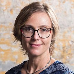 Paula Petrone