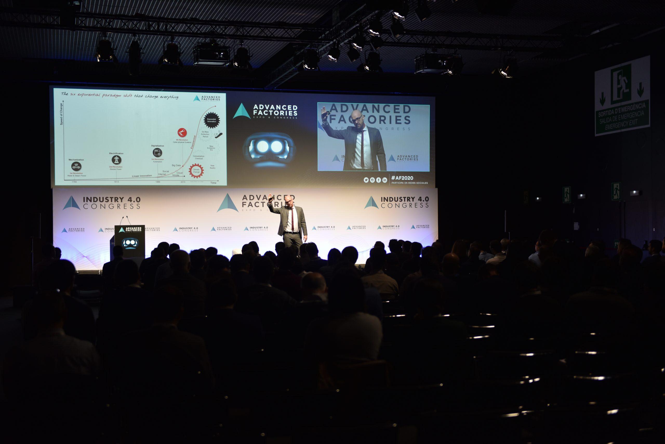 La cooperación entre empresas, clave para una industria avanzada y digital