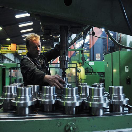 6 ventajas de la automatización industrial para toda empresa